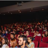 Estudantes de Direito e de Comunicação lotam o Teatro da PUC